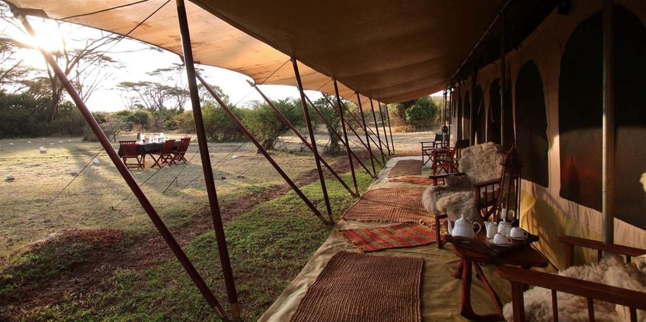 Saruni Wild: veranda with view.jpg