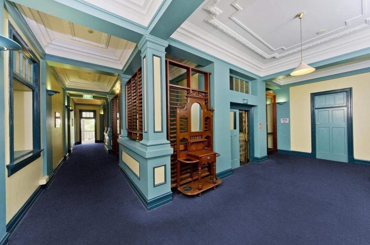 cairns-hotel-lobby-hides-hotel-heritage-building.jpg
