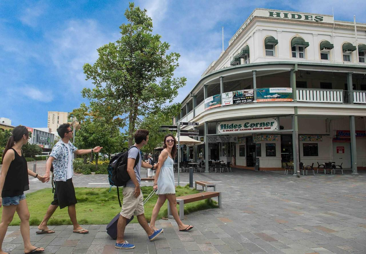 hides-hotel-budget-cairns-accommodation-city-centre.jpg