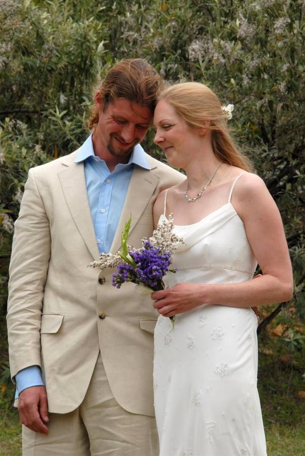 bride-and-groom.jpg.1024x0.jpg