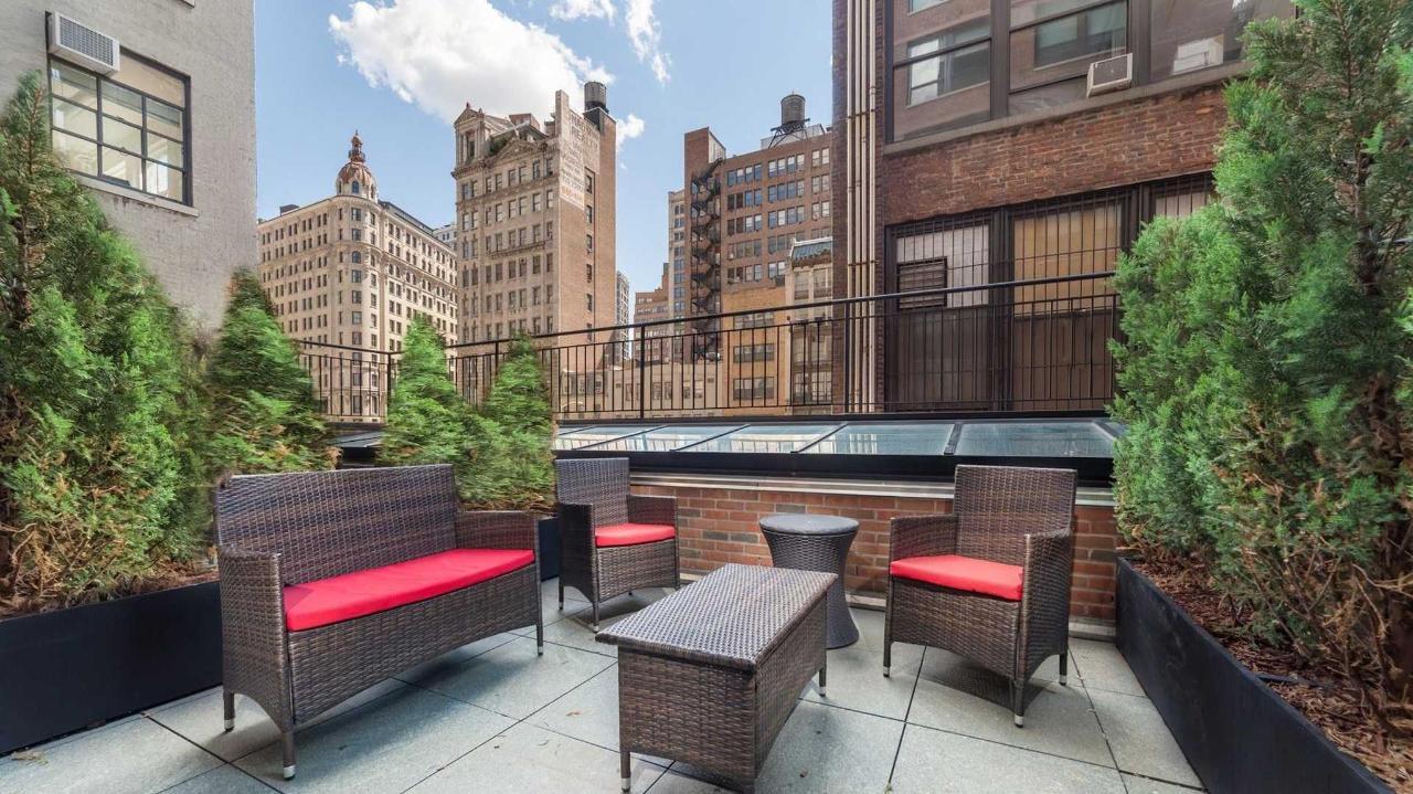 terrace-double1.jpg.1920x0.jpg