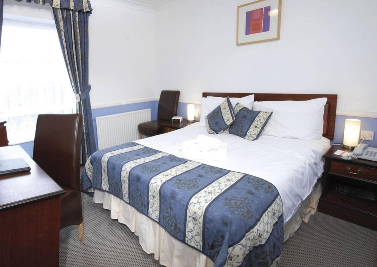 double-bed-2.jpg.1024x0.jpg