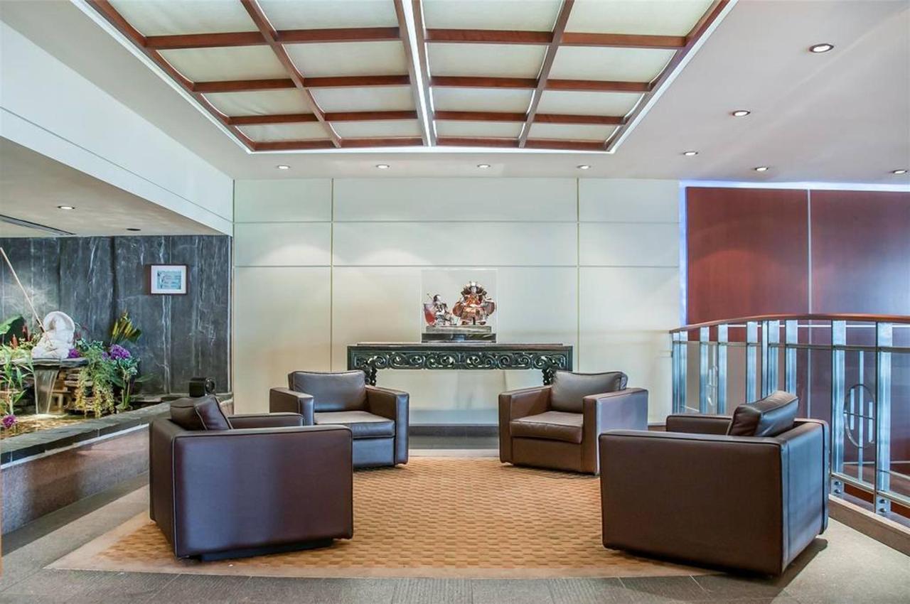 lobby-1.JPG.1024x0.JPG
