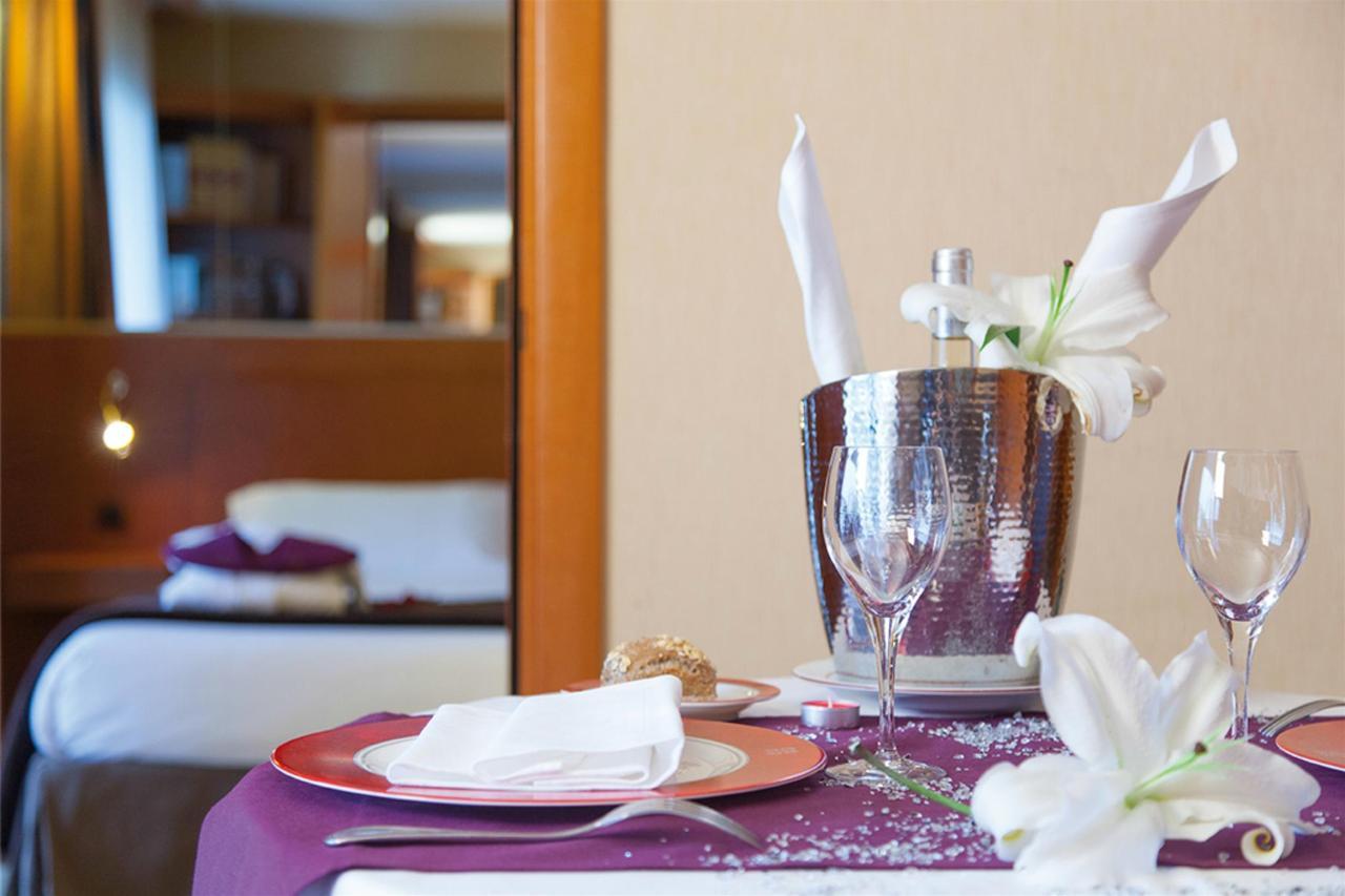 chambre-suite-rrr2-5.png.1024x0.png