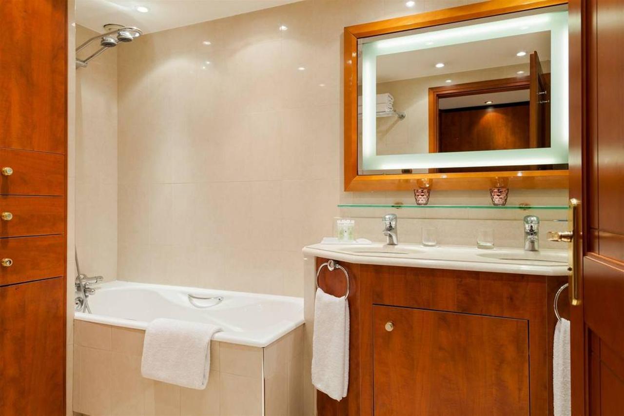 penthouse-salle-de-bain-7.jpg.1024x0.jpg