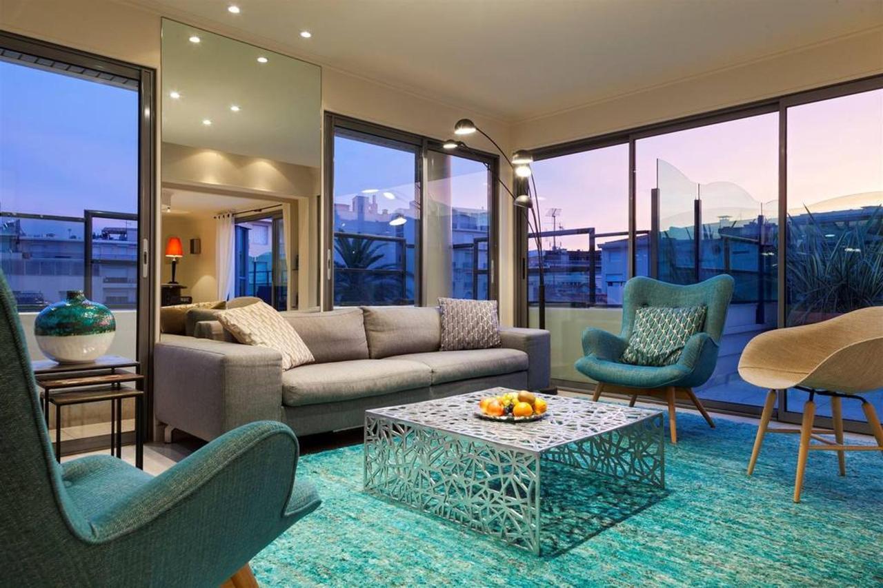 penthouse-salon-1.jpg.1024x0.jpg