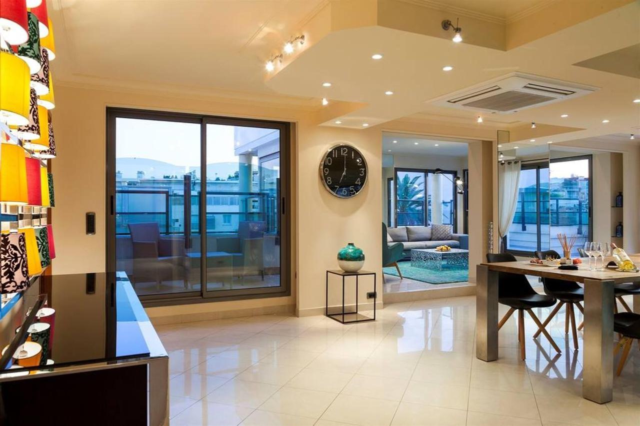 penthouse-salon-2.jpg.1024x0.jpg