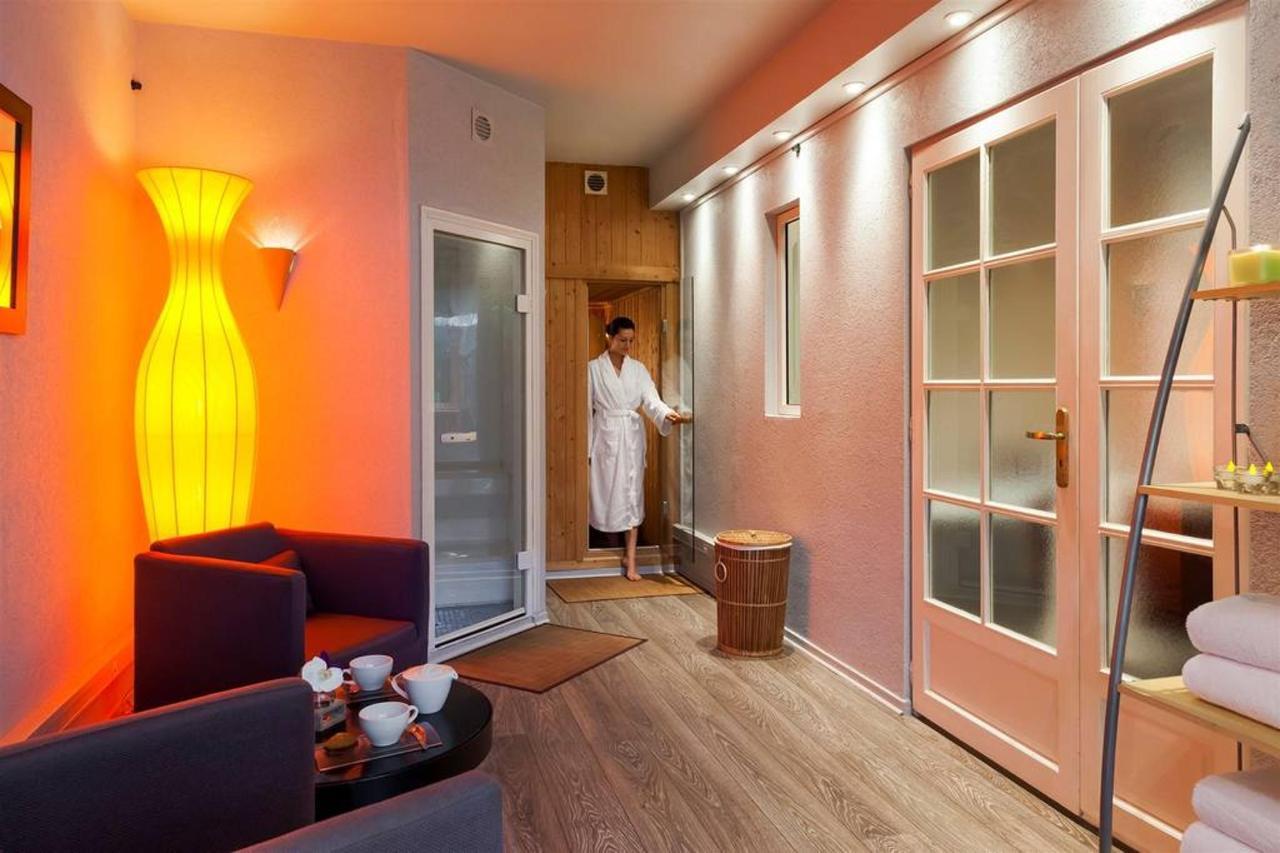 sauna-2.jpg.1024x0.jpg