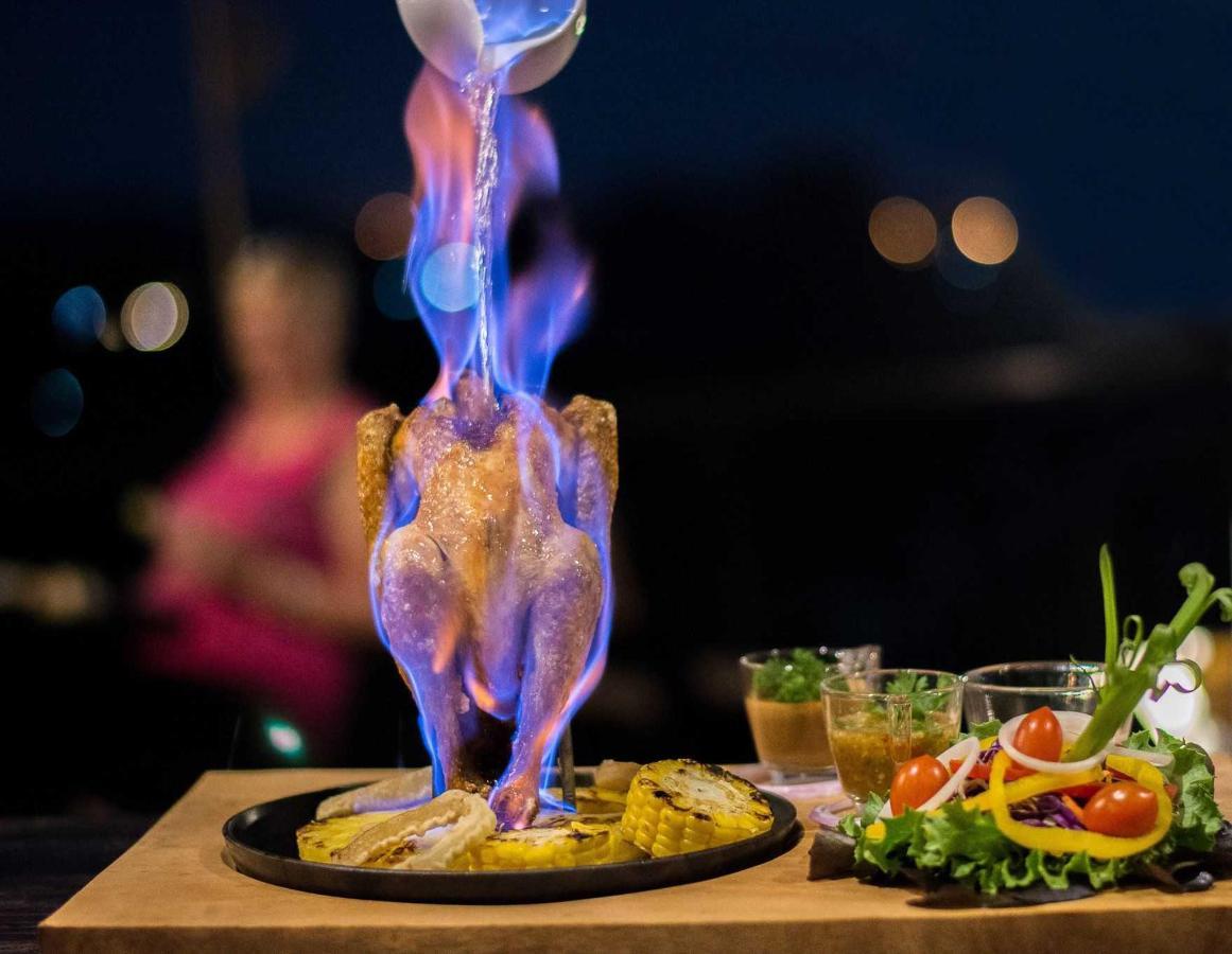 Dining (Rabieng Na Maerim)