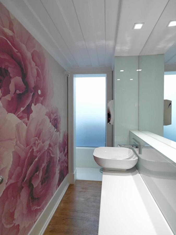 Lounge WC