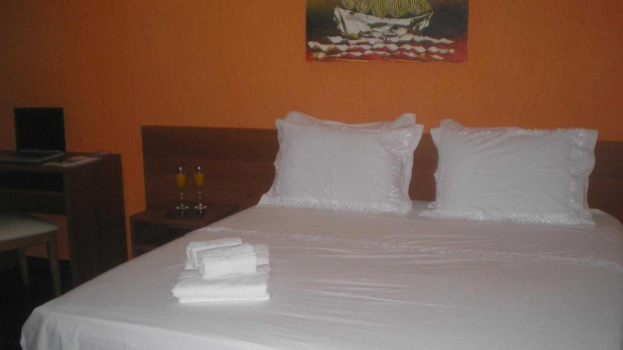 Double Room Athens Palace Hotel.jpg