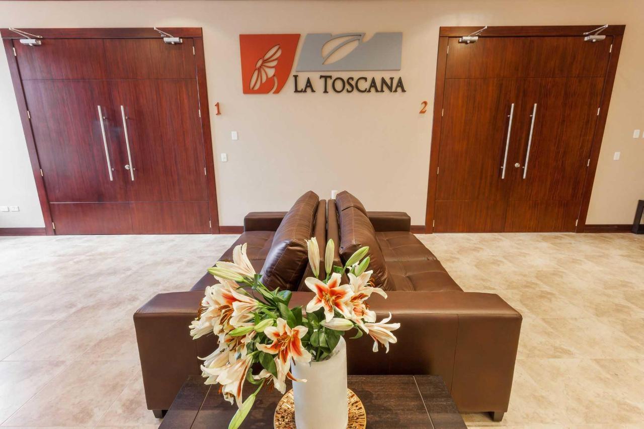 Lobby Toscanas