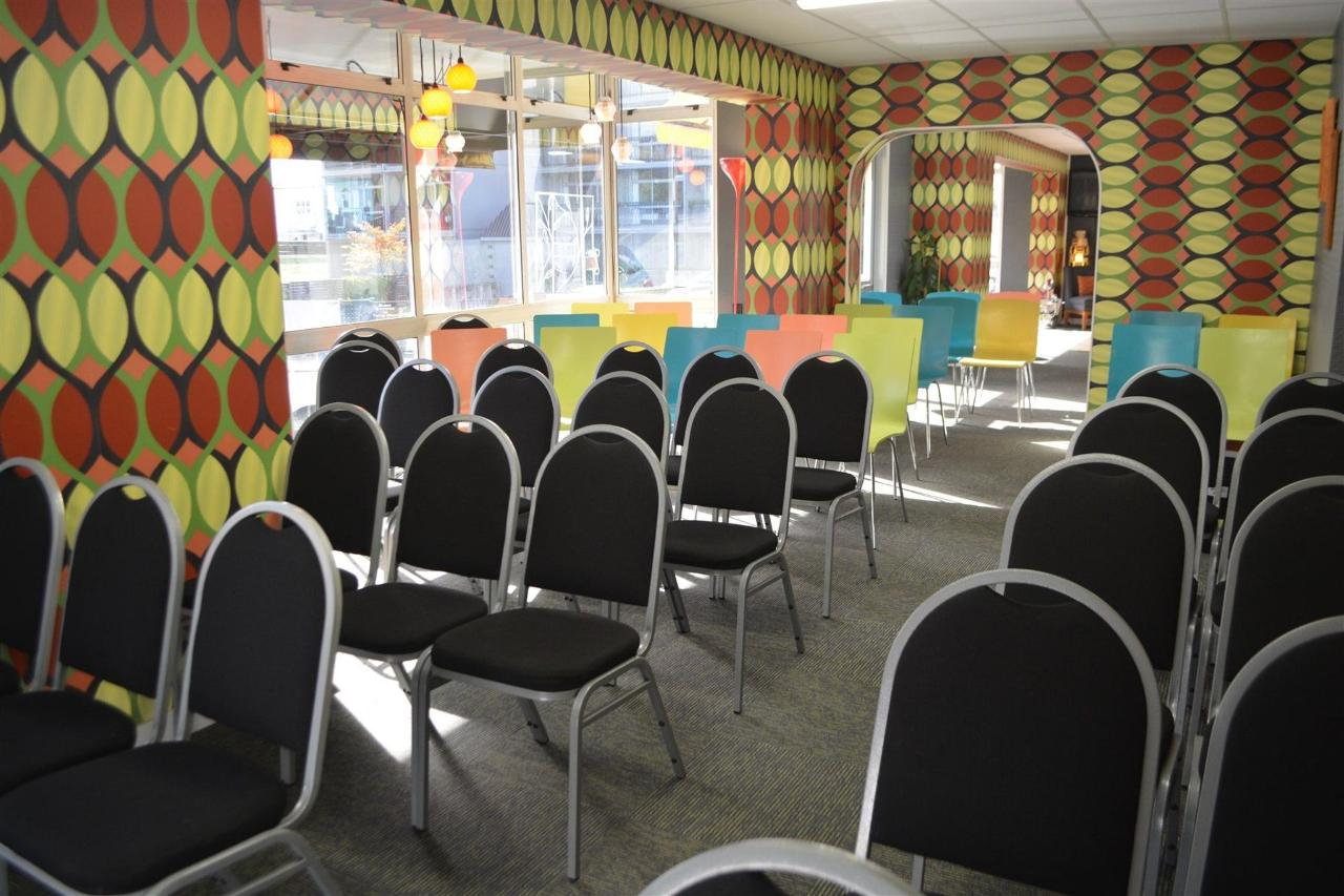 Conference Space_02.JPG
