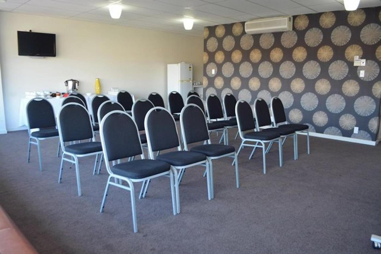 Conference Space_05.JPG