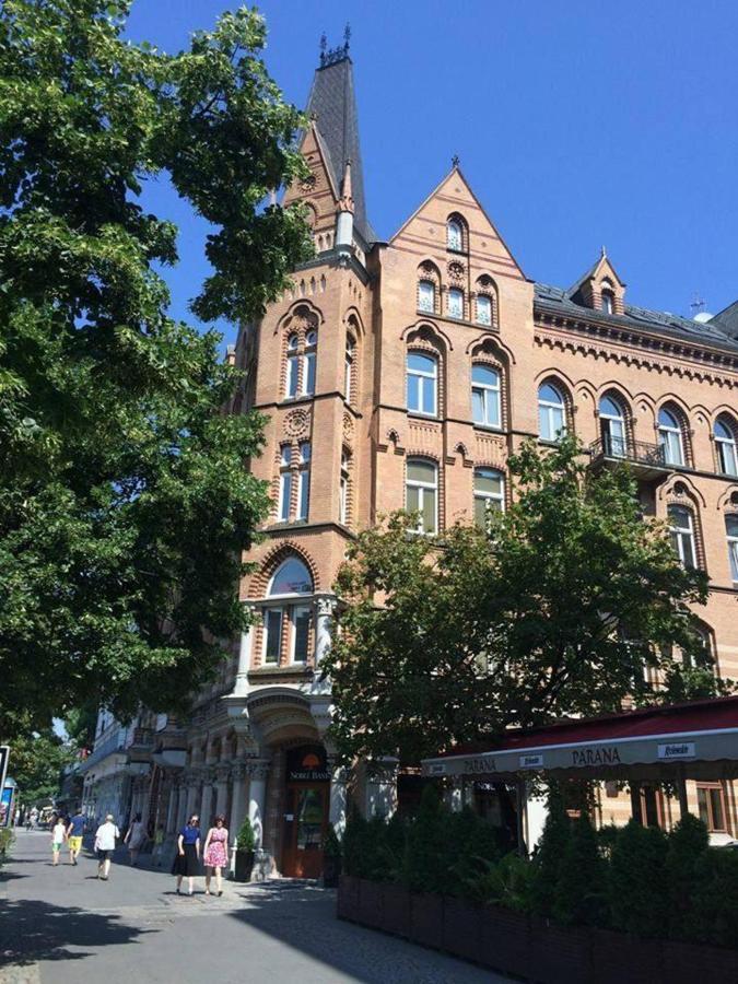 Residence 1898 - city viev