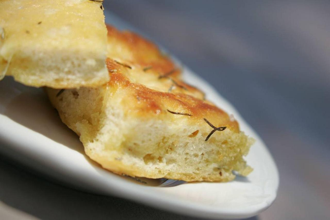 light savoury foccacia.jpg