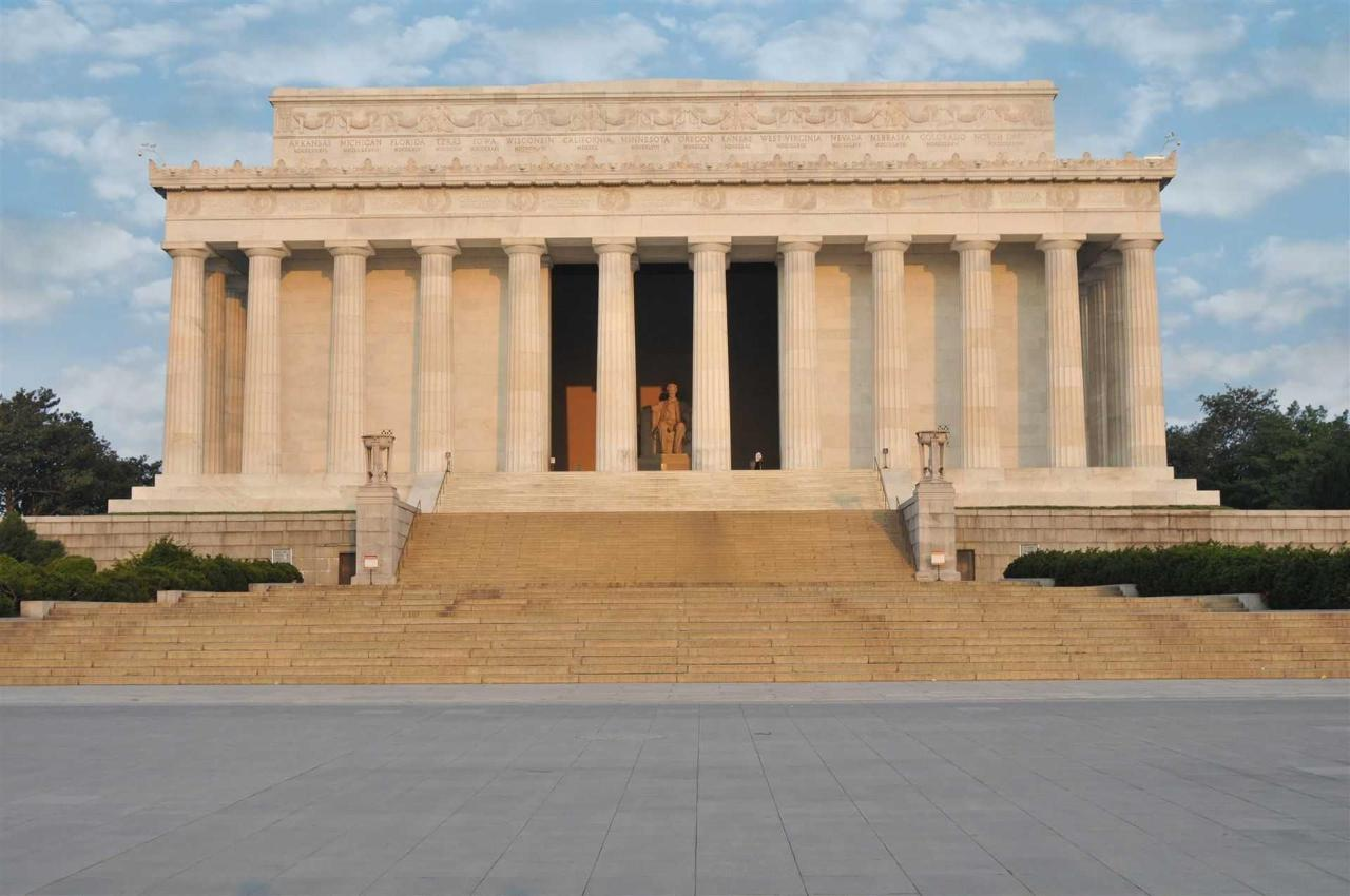 林肯memorial.jpg.1920x0.jpg