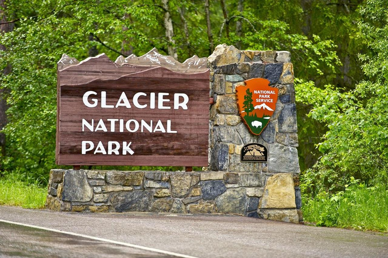 glacier-entrance-shelby.jpg
