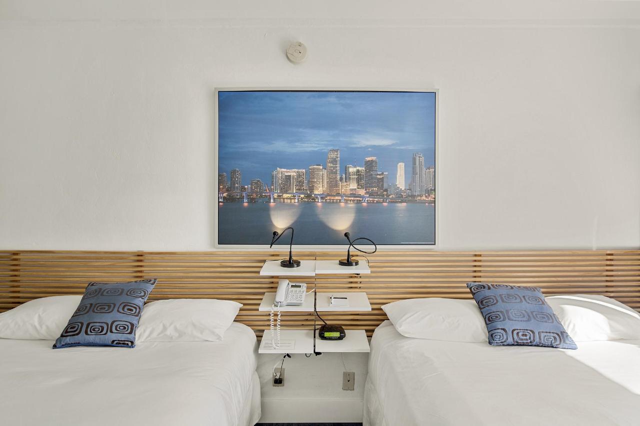 Room 306-1.jpg