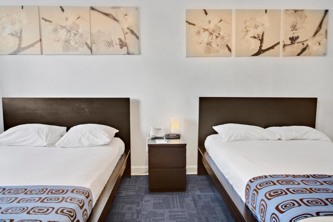 Room 227-2.jpg