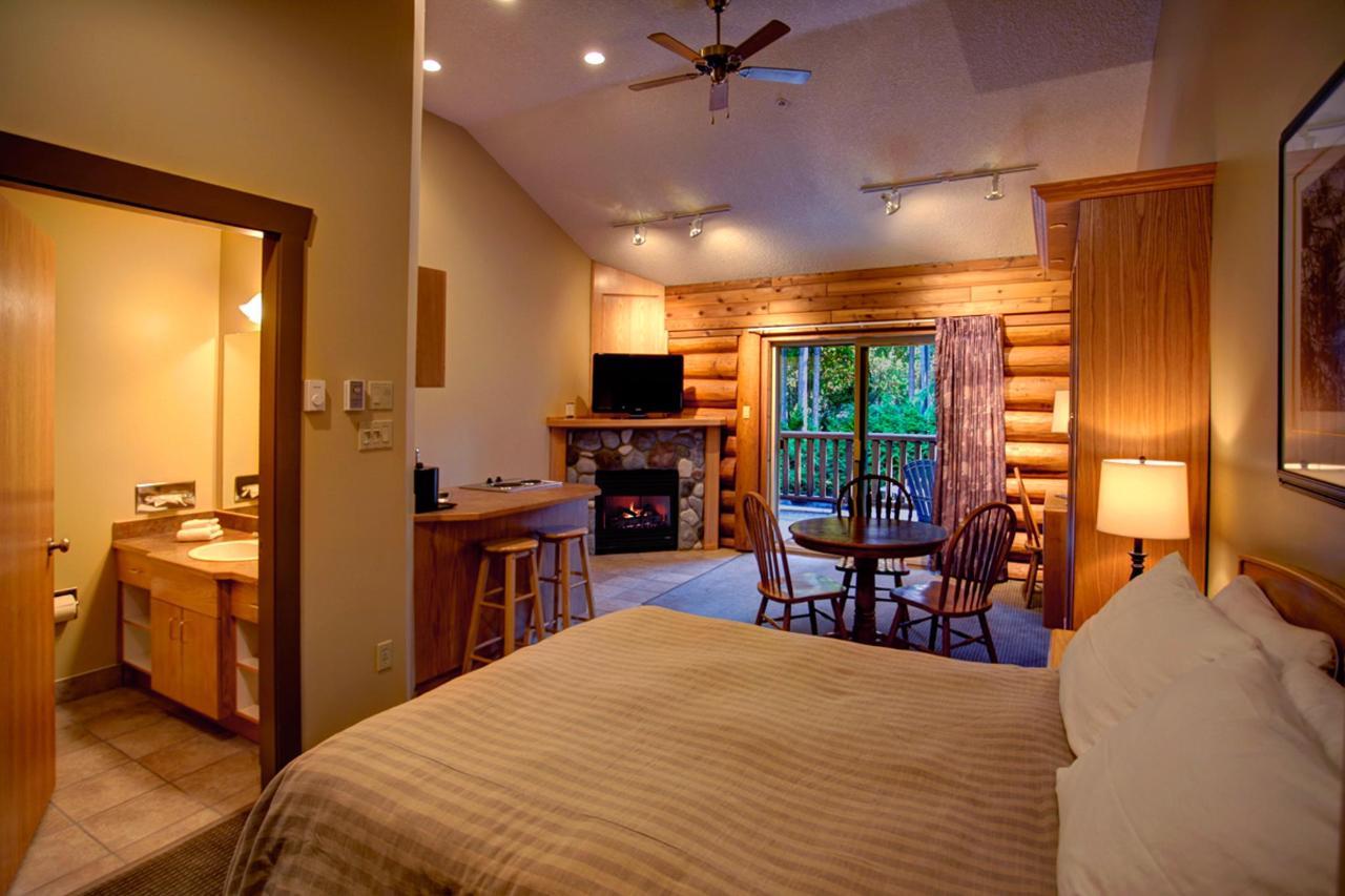 Tigh-Na-Mara Seaside Spa Resort Jedediah