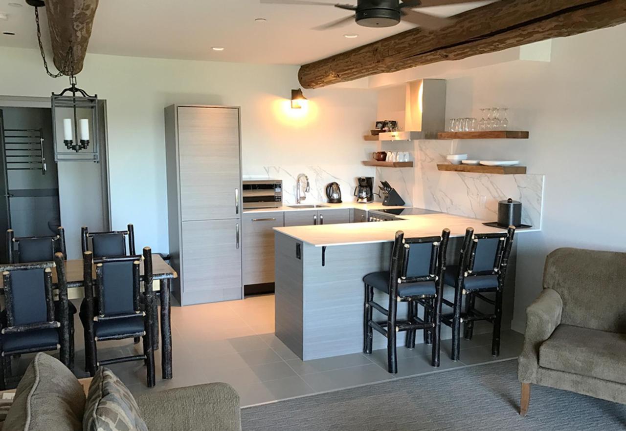 Tigh-Na-Mara Seaside Spa Resort Gabriola Kitchen