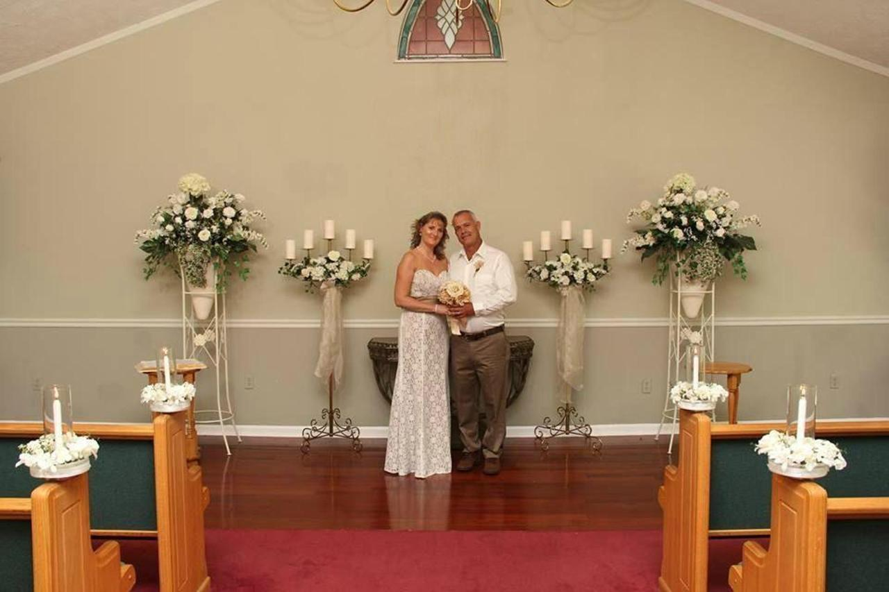 chapel-at-the-park-interior-elopement-couple-01-1.jpg