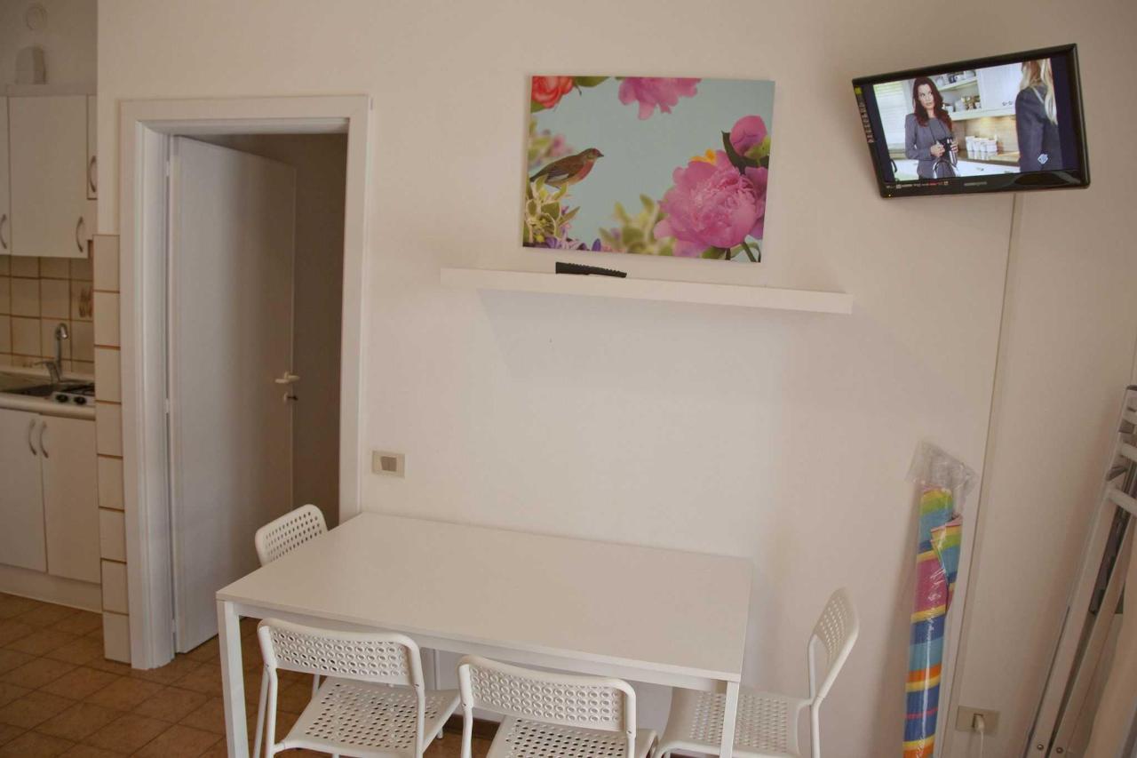 Appartamento monolocale - soggiorno .jpg