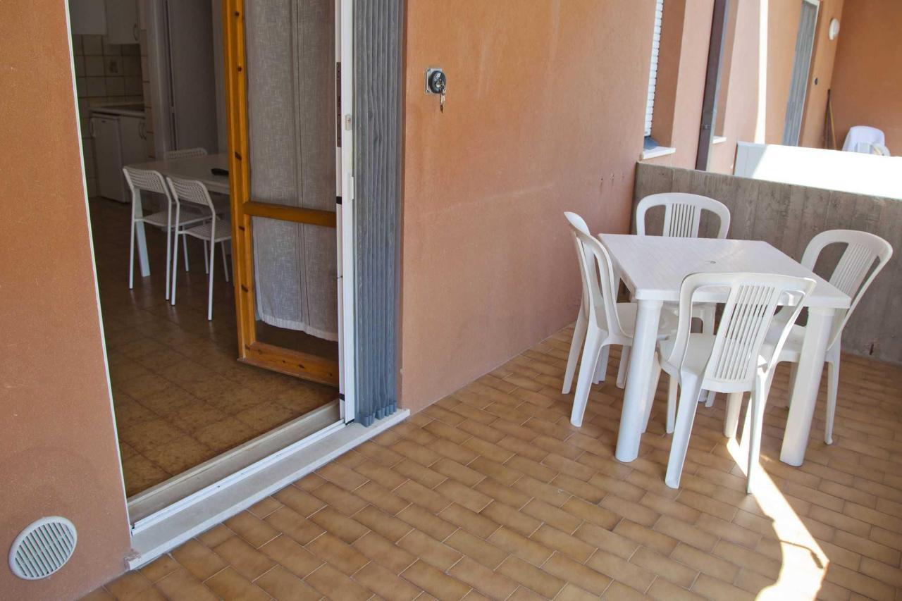 Appartamento bilocale - terrazzino.jpg