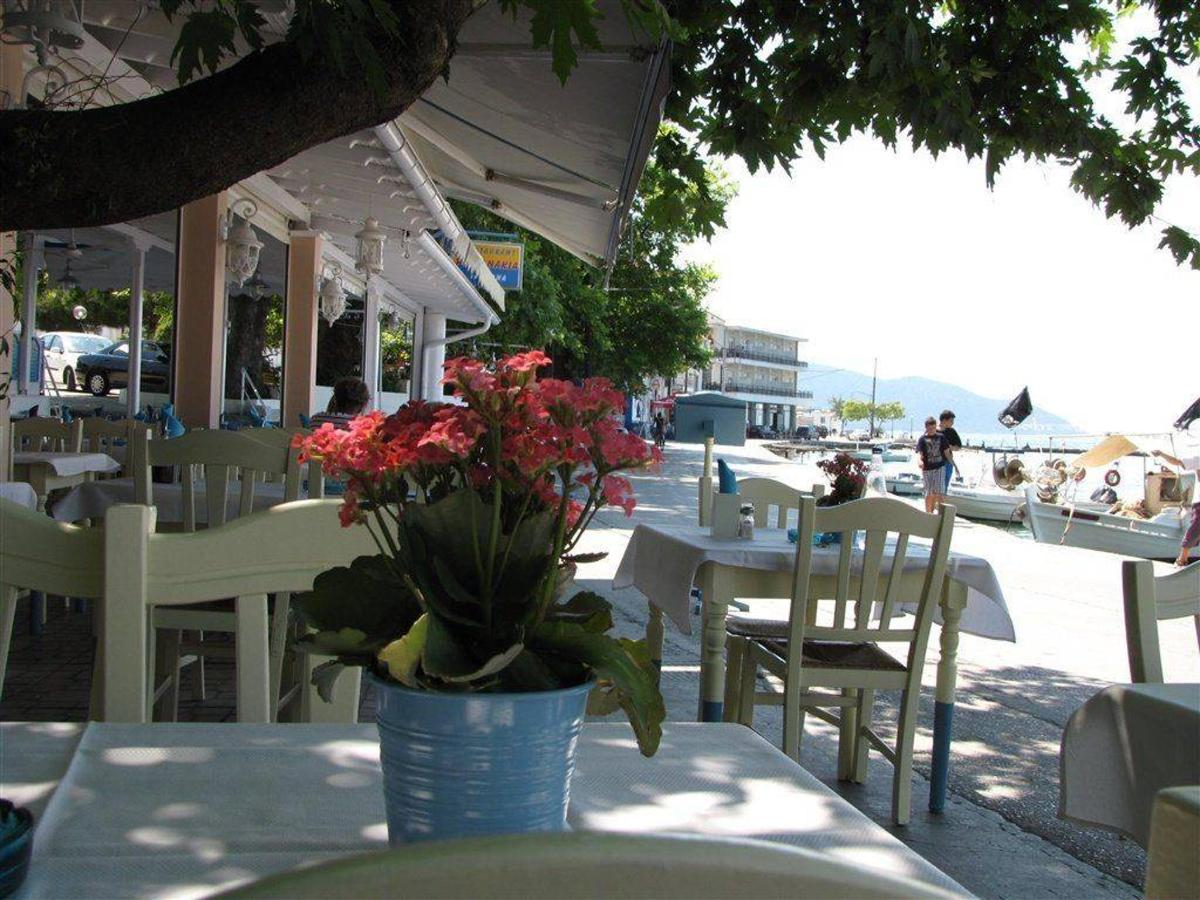 Simi Restaurant, Thassos, Greece.jpg