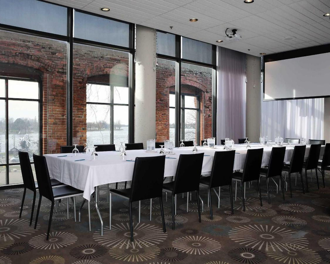 Regatta meeting room