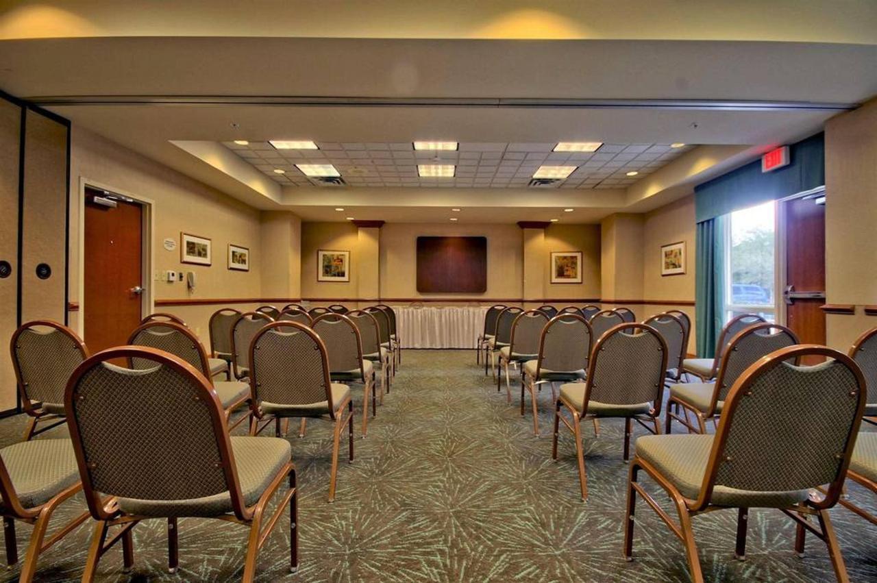 meeting-room-21.jpg.1024x0.jpg