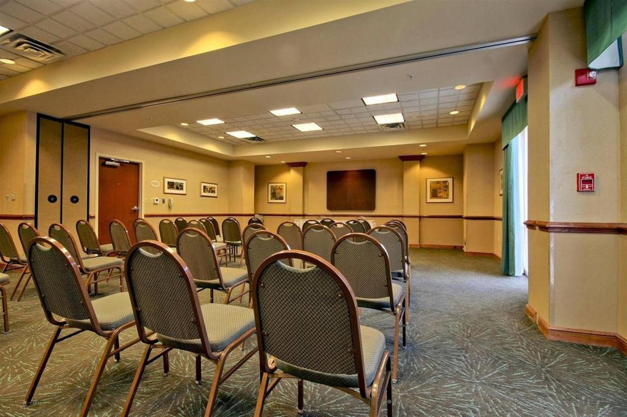 meeting-room-31.jpg.1024x0.jpg