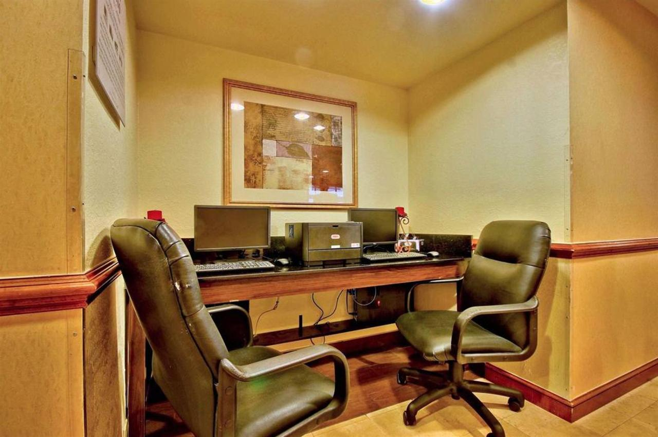office-area-21.jpg.1024x0.jpg