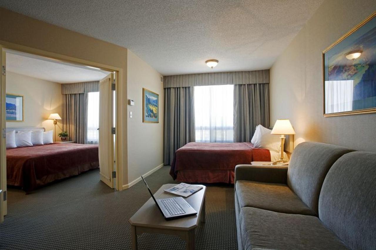 47208406_double_bed_suite_.jpg