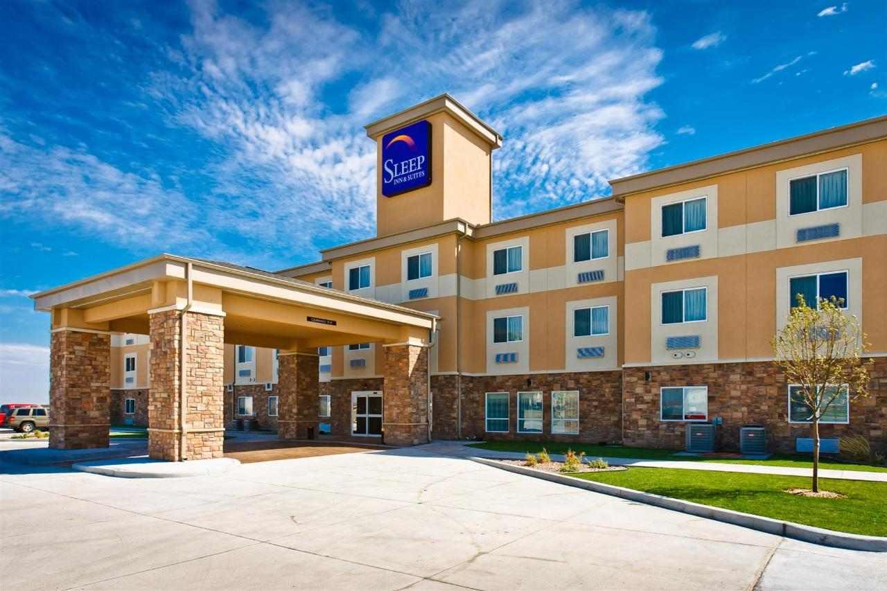 ks148-sleep-inn-exterior-7.jpg