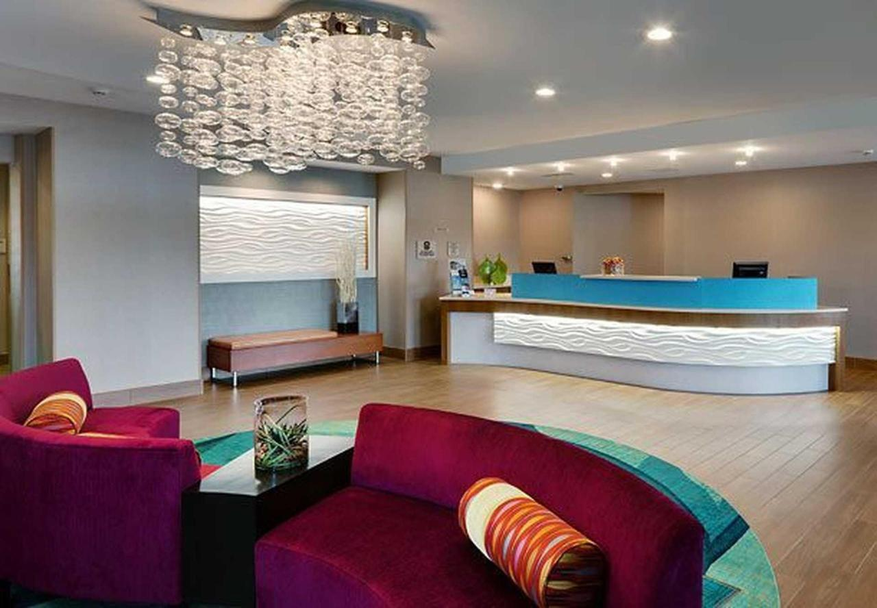 SpringHill Hill Suites Lansing (6).jpg
