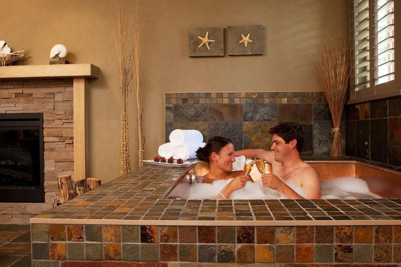 Tigh-Na-Mara Grotto Spa Copper Soaking Tub Couples Escape Romance
