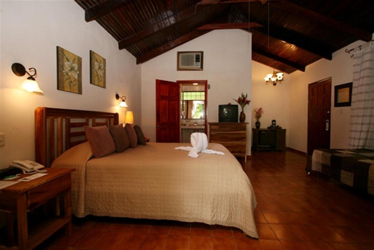 bungalow-bed-bath-166k.JPG.1024x0.JPG