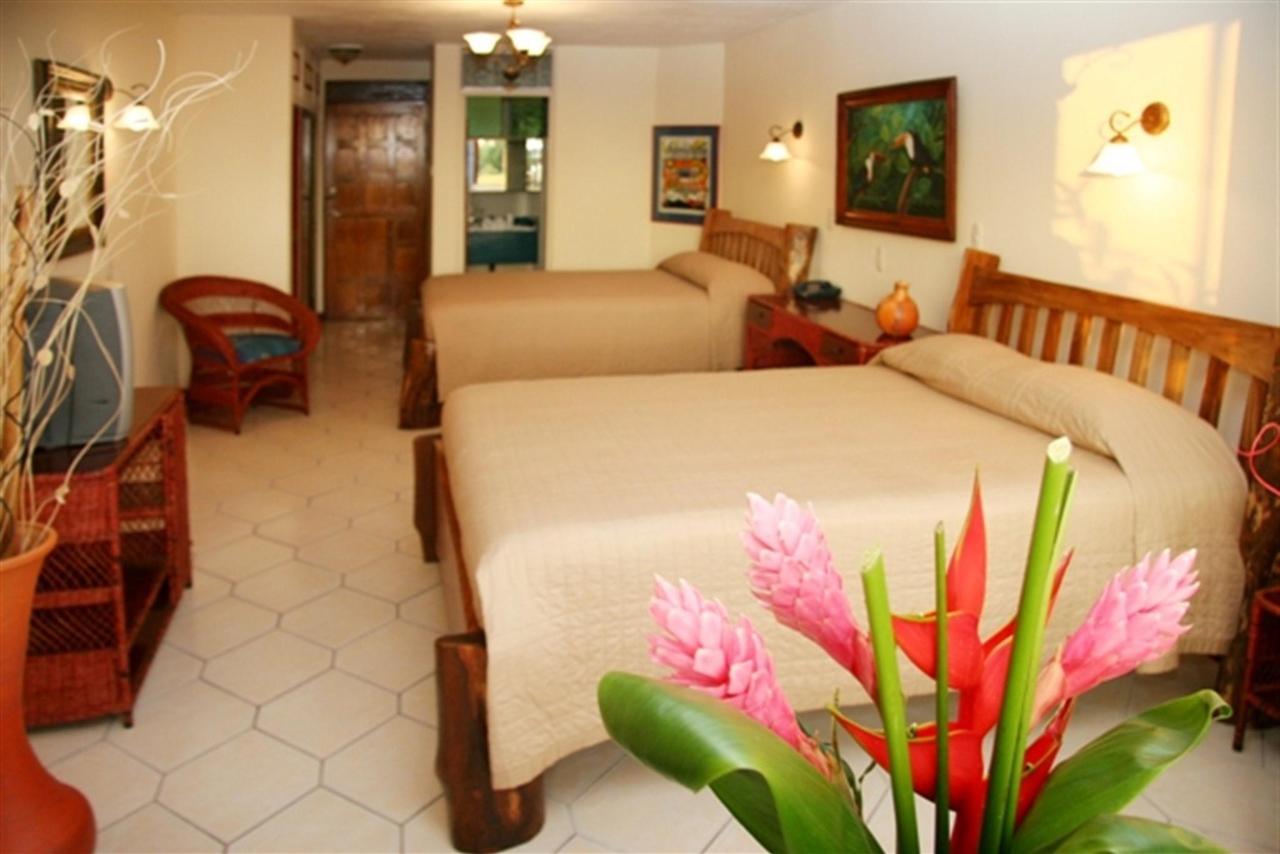 bedroom-deluxe-176k-1.JPG.1024x0.JPG
