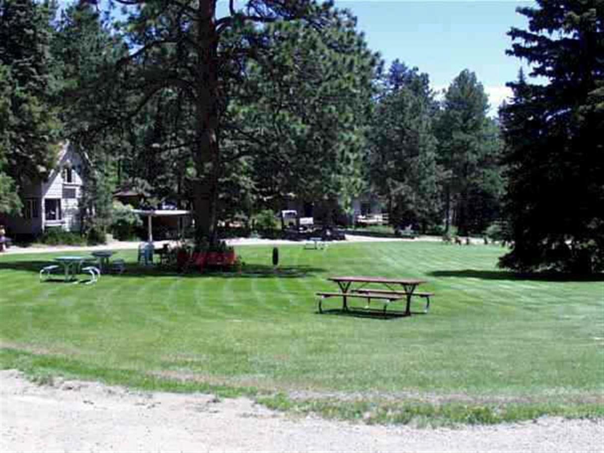 grounds7.jpg.1024x0.jpg