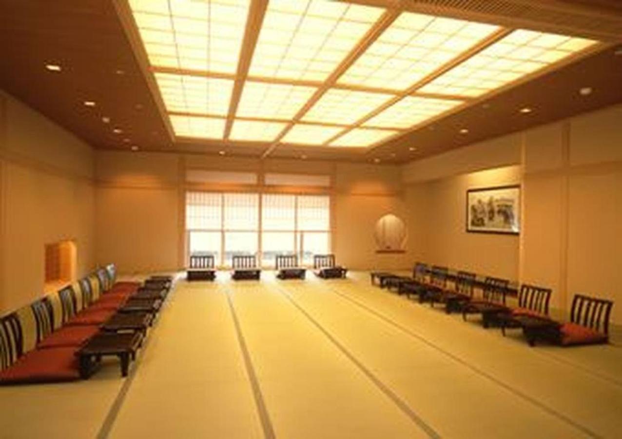 banquet2.jpg.1024x0.jpg