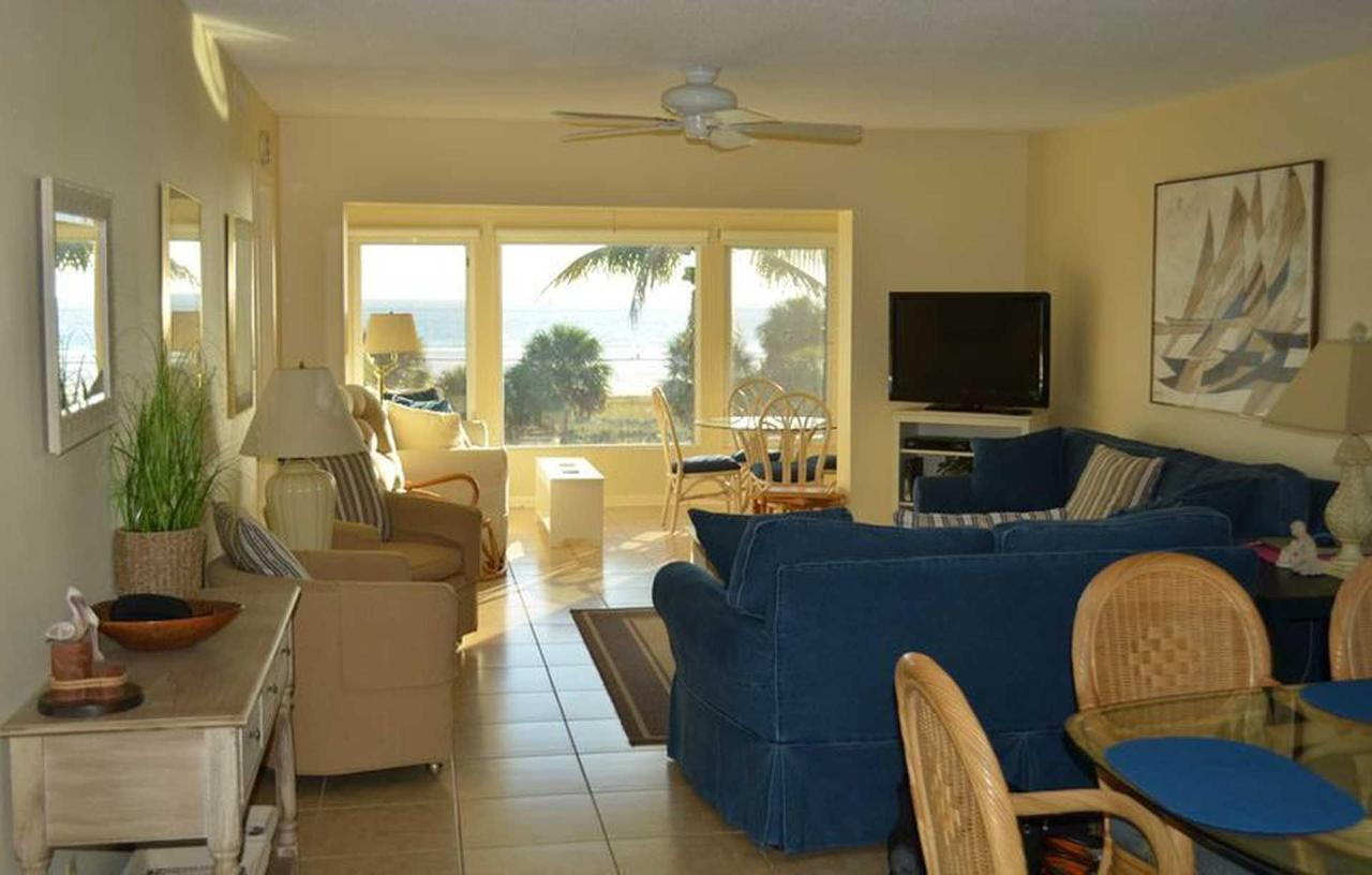 sr-condo-interior-view-of-gulfof-mexico.jpeg.1920x0.jpeg