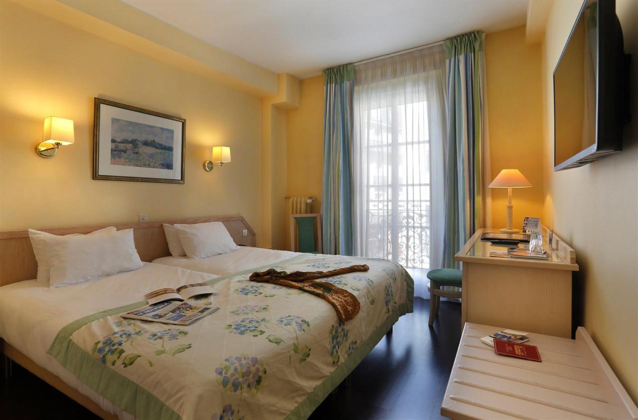 photos quality hotel du nord dijon centre dijon france. Black Bedroom Furniture Sets. Home Design Ideas