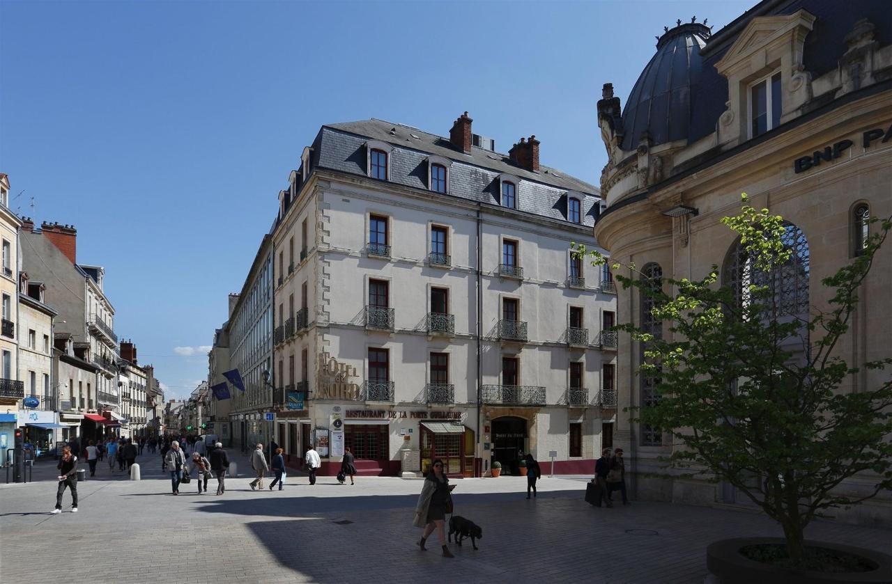 facade-hotel-1.jpg
