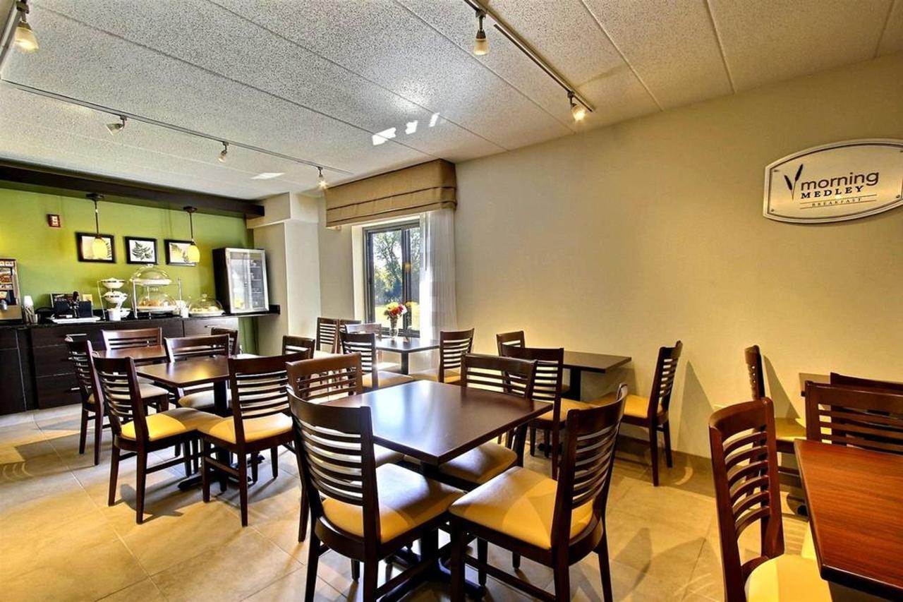 breakfast-area-a1.jpg.1024x0.jpg