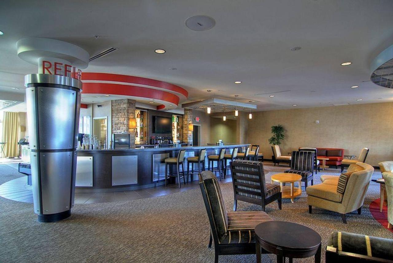 224-lobby-lounge-area1.jpg.1024x0.jpg