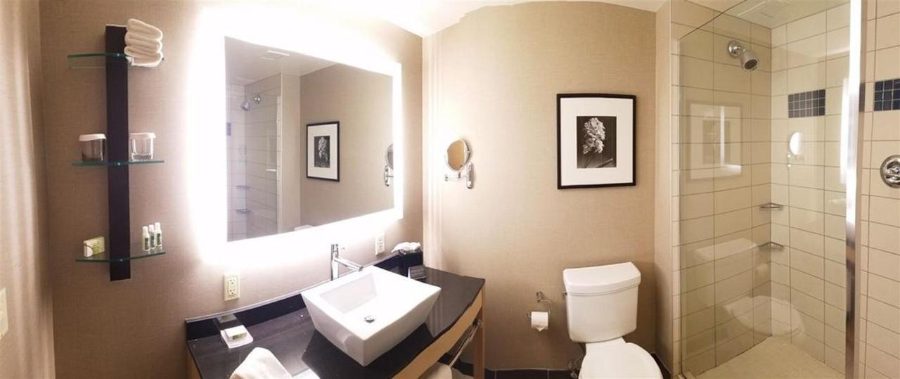 坎布里亚 - 浴室 -  6-16-16-1.jpg.1024x0.jpg