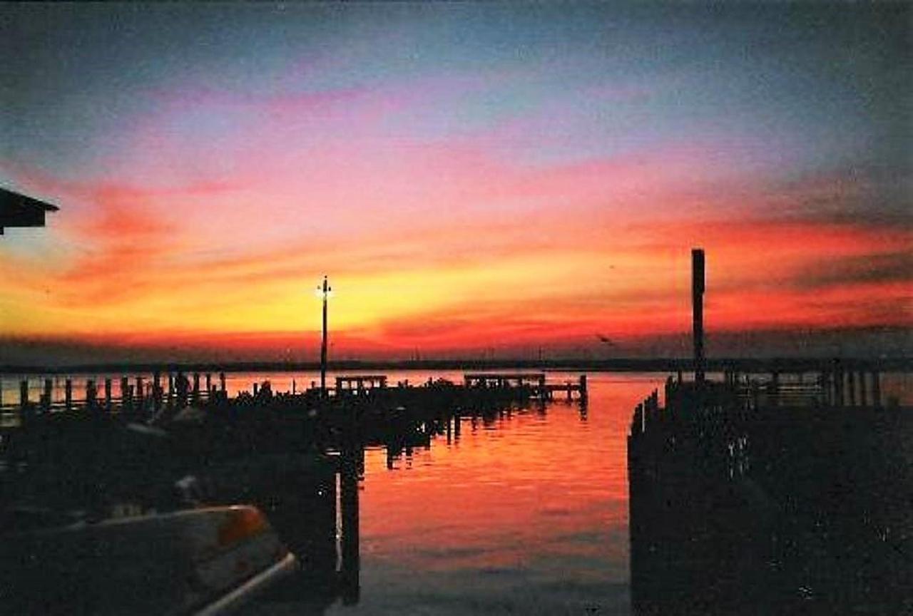 sunset-2.jpg.1024x0.jpg