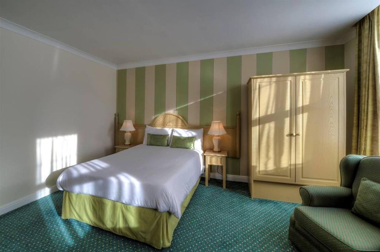 Single Rooms.jpg